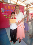 Receiving Prize (1)