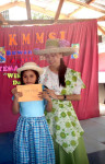 Receiving Prize (3)